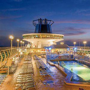 pullmantur crucero monarch piscina