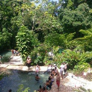 Excursion cascada Villa Miriam Barahona